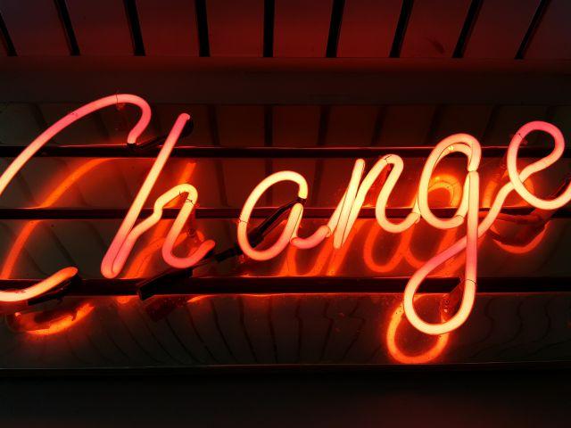 Change_ross-findon-mG28olYFgHI-unsplash